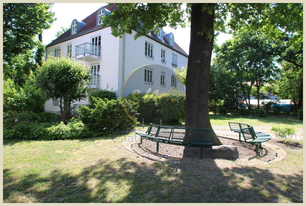 Potsdam - Potsdam Babelsberg Süd, Helle Etagenwohnung in grüner Umgebung