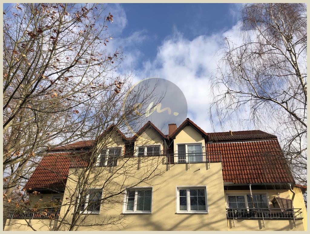 Kleinmachnow - Attraktive große 3-Zimmer-Wohnung mit großer Terrasse