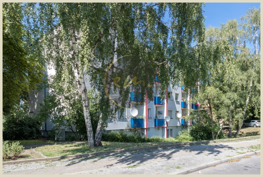 Berlin - Zur Eigennutzung oder als Kapitalanlage: Freiwerdende Etagenwohnung in Neukölln, ruhige Lage, Balkon