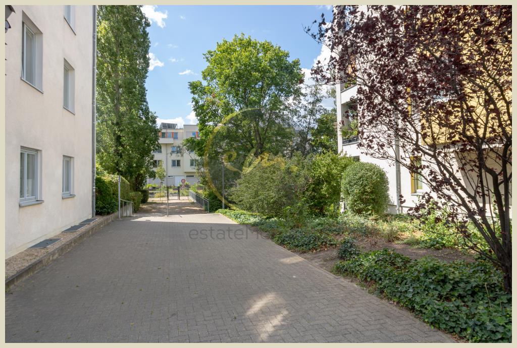 Berlin - Bezugsfreie Erdgeschosswohnung mit attraktivem Grundriss und Blick ins Grüne