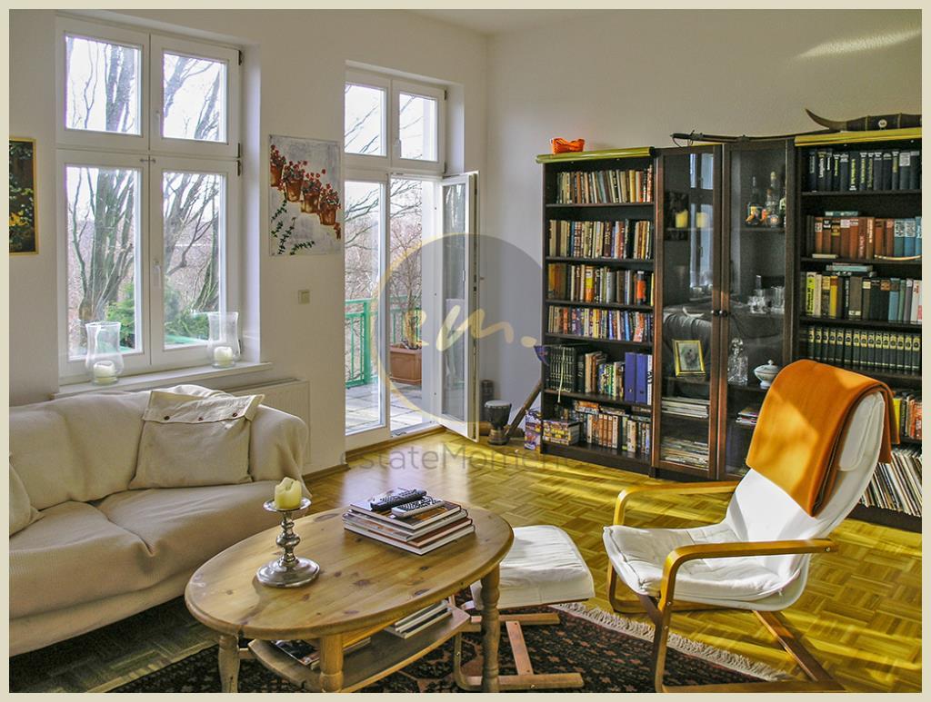 Berlin - Sanierte Altbau-Wohnung mit attraktivem Grundriss...