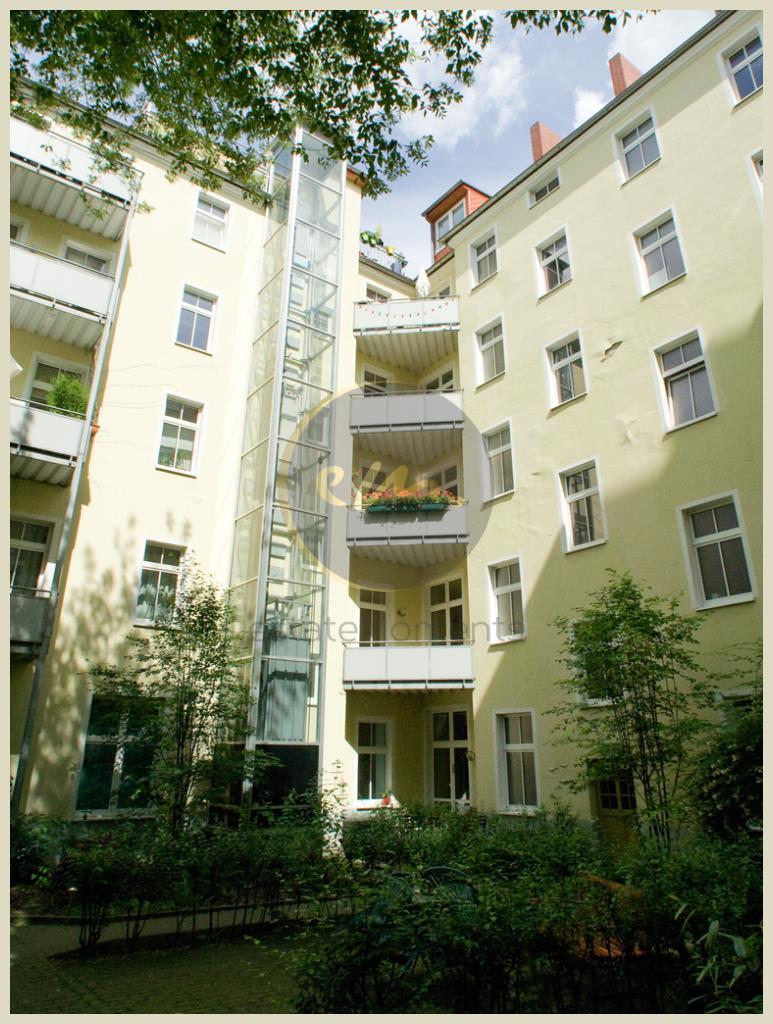 Berlin - 'Altbau nahe Mediaspree'-Bezugsfrei, ruhige Lage...