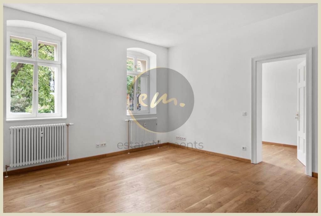 Berlin - Helle und moderne 2-Zimmer-Altbauwohnung am Teutoburger Platz