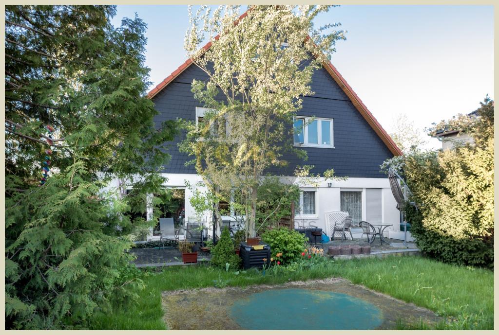 Berlin - Gemütliche Doppelhaushälfte in Bohnsdorf, Terrasse mit Südausrichtung