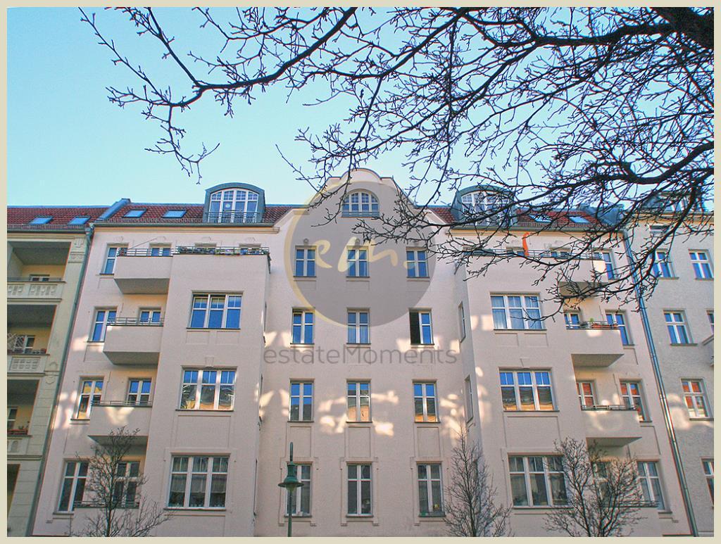Berlin - Berlin-Friedrichshain: Etagenwohnung im Altbau, Balkon mit Südostausrichtung