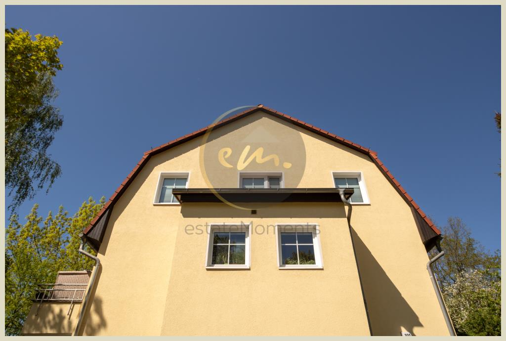 Kleinmachnow - Attraktive 3-Zimmer-Etagenwohnung mit zwei Terrassen, Gäste-WC, Kelleranteil und Kfz-Stellplatz