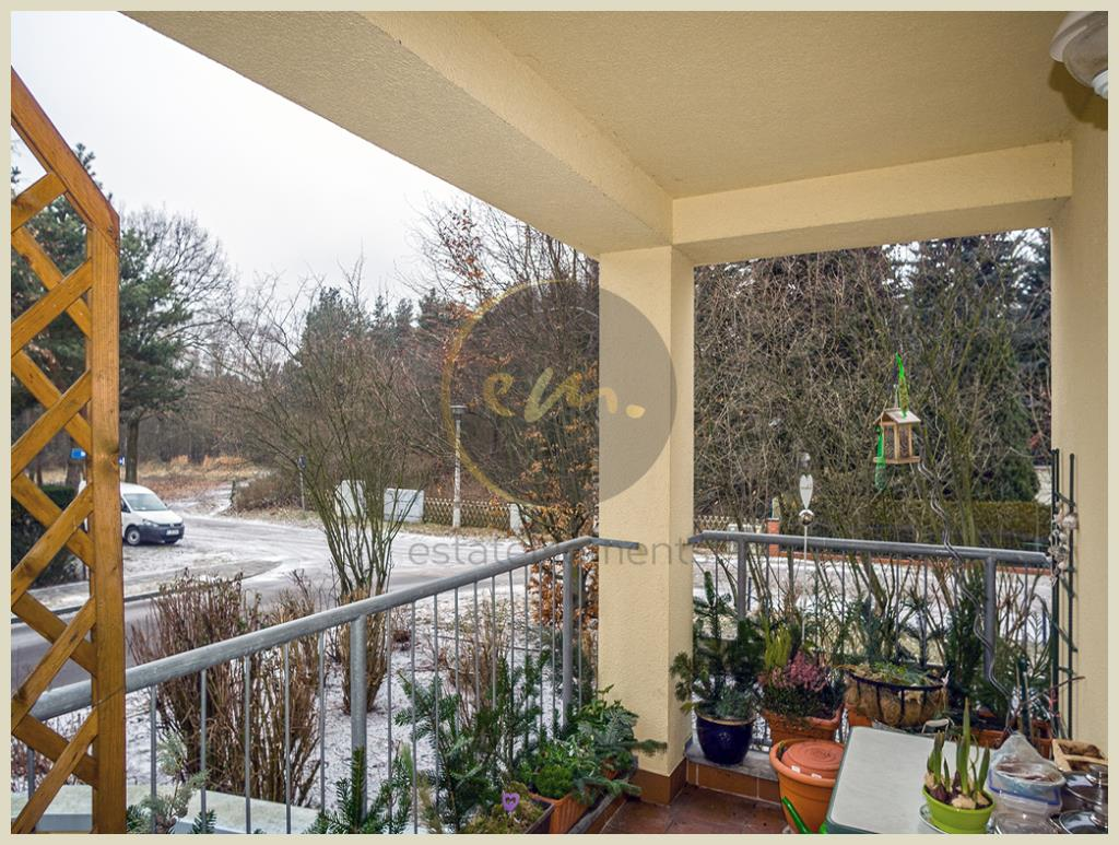 Stahnsdorf - Stahnsdorf - Seniorengerechte, helle Hochparterre-Wohnung mit Balkon in Waldnähe