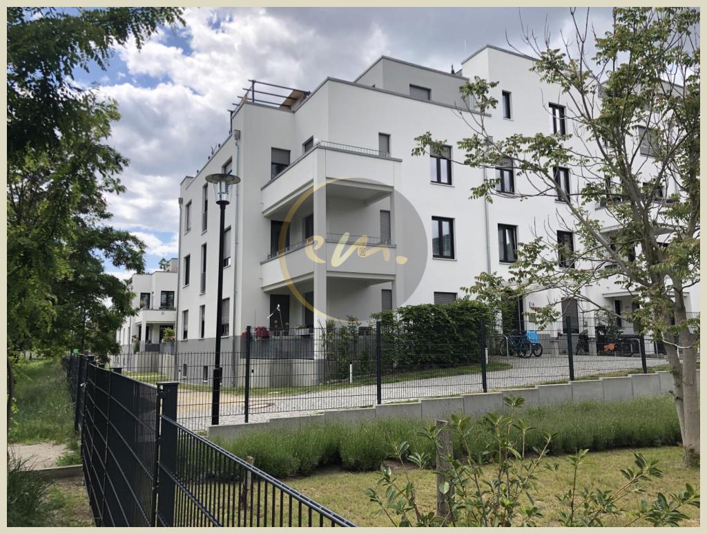 Berlin - Helle und schöne Etagenwohnung mit großem Balkon und Blick ins Grüne